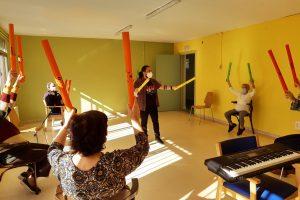 ¡Vuelven las sesiones presenciales de musicoterapia para mayores con Alzheimer!